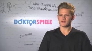 getlinkyoutube.com-Doktorspiele: Interview mit Max von der Groeben