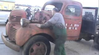 getlinkyoutube.com-Seized Motor 46 Dodge Truck