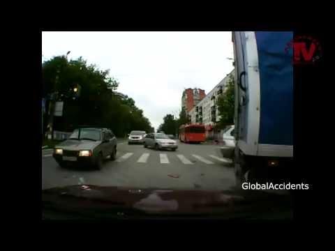 Accidentes de CAMIONES y furgones varios // Truck CRASH 2013