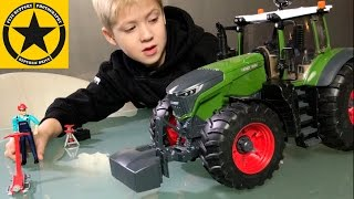 getlinkyoutube.com-BRUDER TOY TRACTORS for KIDS Fendt 1050 Vario unboxing