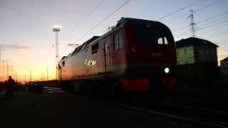 getlinkyoutube.com-Станция Мариинск. Смена локомотива на рассвете