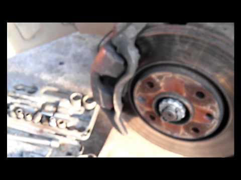 Как заменить масло в механической коробке передач Пежо 406
