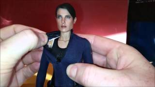 Cobie Smulders Unboxing as Hot Toys Marvel: Avengers Maria Hill 1/6 Scale Action Figure Review