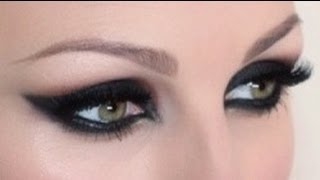 getlinkyoutube.com-Intense Feline Cat Eye Makeup Tutorial