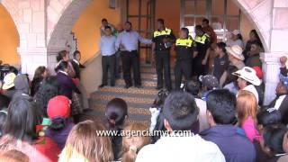 getlinkyoutube.com-Casi linchan a presunto extorsionador en Ocoyoacac