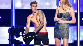 getlinkyoutube.com-Justin Bieber Gets NAKED at Fashion Show! | What's Trending Now!
