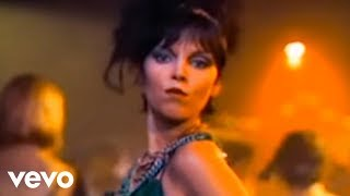 getlinkyoutube.com-Pat Benatar - Love Is A Battlefield