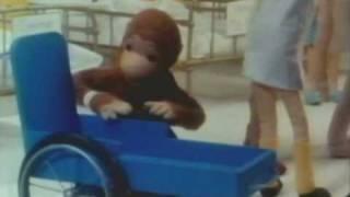 getlinkyoutube.com-Curious George Goes to the Hospital - Excerpt