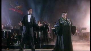 getlinkyoutube.com-Barcelona (Live) - Freddie Mercury & Montserrat Caballé - 1988