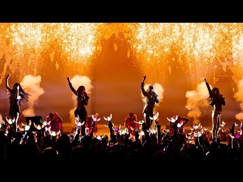 2ne1 - crush Live Performance