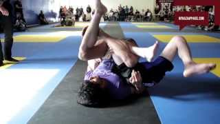 getlinkyoutube.com-Unbelievable BJJ match! Bill Cooper pulls off Twister at Eddie Bravo's request