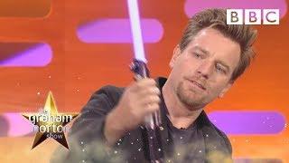 getlinkyoutube.com-Ewan McGregor Plays With Light Sabres - The Graham Norton Show - Series 9 Episode 12 - BBC One