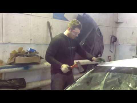 Как правильно вырезать лобовое стекло Honda prelude