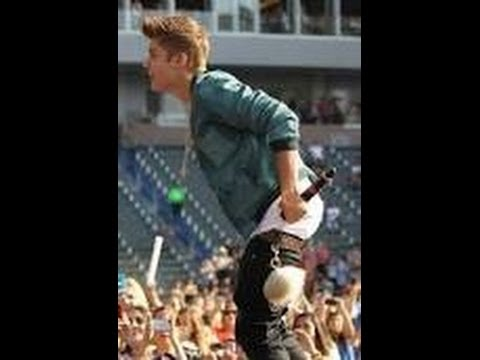 Justin Bieber sagging pants