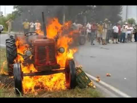 Accident tracteur ,bruler,embourber, collision de moisseuneuse avec voiture etc ....