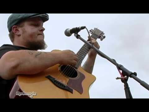 "CAS HALEY ""Slow Down"" - acoustic MoBoogie Rooftop Session @ Lodo's (full video)"