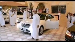 getlinkyoutube.com-Arab Wedding Celebration with Guns