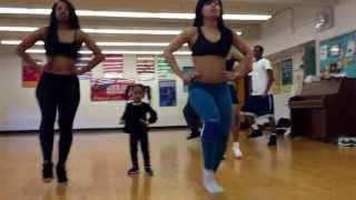 getlinkyoutube.com-Beyonce dance. 2 year old kills choreography !
