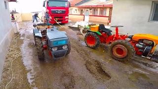 getlinkyoutube.com-MAN TGX stuck in mud/2 mini tractors 4x4 pulling a truck/FORZA PASQUALI