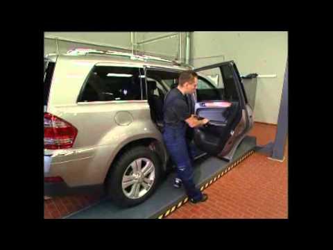 Как снять карту задней двери на GL W164 Mercedes-Benz