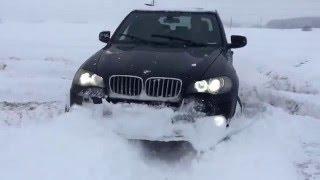 getlinkyoutube.com-BMW X5 e70 snow test