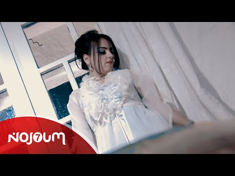 نادية العروسي - راني غريبه و برانية