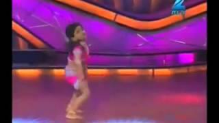 getlinkyoutube.com-best hindi song dance with little baby