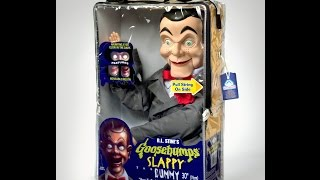 Unboxing Slappy from goosebumps