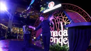 getlinkyoutube.com-bubble show - grand indonesia shopping mall - jakarta - ramadan wonders