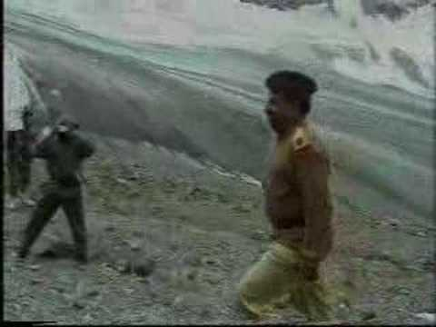 Kargil War - Pakistani Army surrenders and accepts bodies