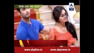 getlinkyoutube.com-Swara trying to win back Sanskar