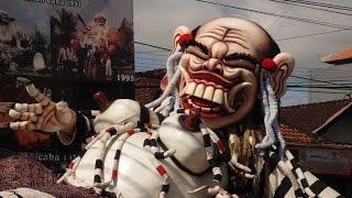 getlinkyoutube.com-Ogoh-ogoh Raksasa 2015 Bali, Dengan Panjang 12 Meter