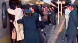 getlinkyoutube.com-فقط في الصين - trains in china