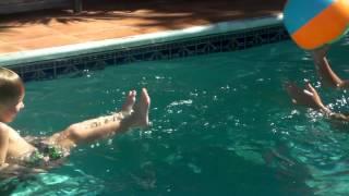 pool beach ball play sjvi 112411
