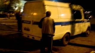 getlinkyoutube.com-Мужик нассал на полицию в прямом смысле этого 9.05.2012.mp4