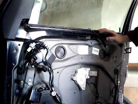 Как снять заменить стекло передней двери MERCEDES A-B class(2010)demontaz zamiana szyby drzwi przod