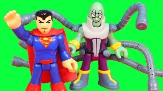 getlinkyoutube.com-Imaginext Brainiac takes over police and space station Superman saves the day DC Superhero