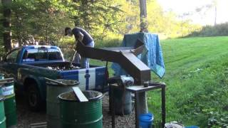getlinkyoutube.com-Crushing a Few Hundred Pounds of Glass with My New Hammer mill Crusher