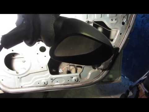Замена наружного зеркала заднего вида на Рено Логан (Renault Logan)