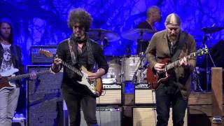 getlinkyoutube.com-Tedeschi/Trucks w/Doyle Bramhall - Keep On Growing - 5/18/15 - Central Park, NYC