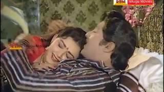 getlinkyoutube.com-Ummadi Mogudu Telugu Movie Song - Srirastu illali Chirunavvulu - Sobhan Babu,Radhika