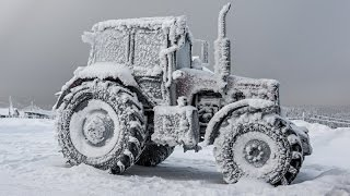 getlinkyoutube.com-Tractors stuck in snow 1