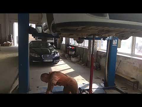 Снять подрамник и замена втулок стабилизатора на Рено Меган