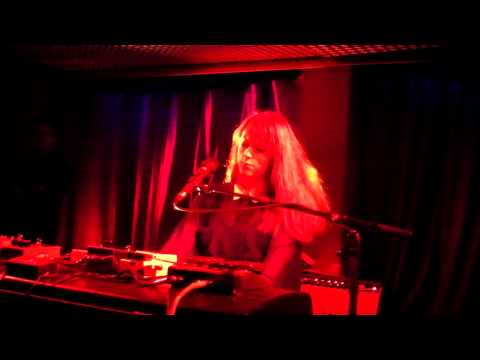 Susanne Sundfør - Twin Peaks Theme & The Brothel, live @ studio 672, Nov 2012