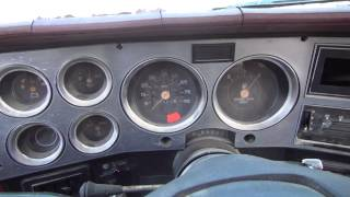 getlinkyoutube.com-New toy- 1982 GMC Suburban 4x4 6.2L diesel cold start