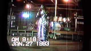 getlinkyoutube.com-Tsab Mim Xyooj and Luj Yaj live! 1993.