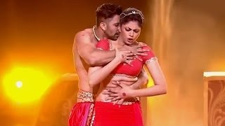 Divertido - kavita kaushik desempenho sensual |   umbigo esmagado |   Jhalak dikhlaja HD