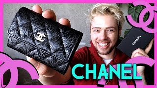 getlinkyoutube.com-classic CHANEL card case holder - more than just a small leather good?