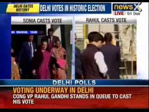 Delhi Assembly elections 2013 : Priyanka, Rahul Gandhi cast votes - NewsX