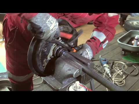 Замена подшипников задних полуосей Suzuki Jimny